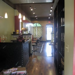 Salon concepts maquilleuse maquilleur 58047 van dyke for 365 salon success