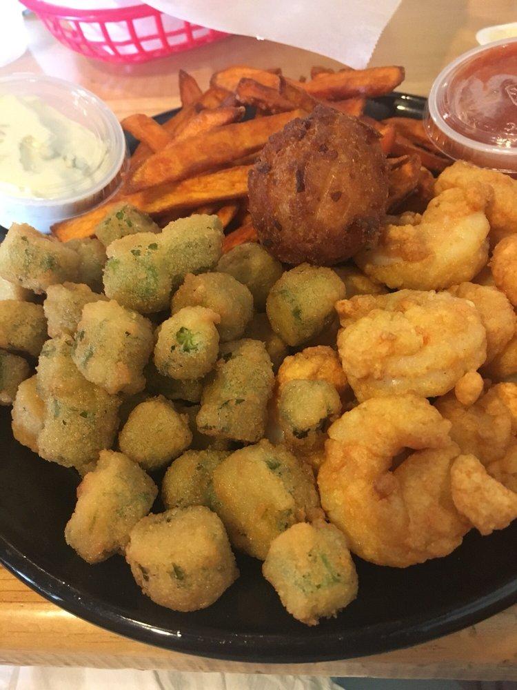 Fish Hook Grill: 980 Island Rd, Harkers Island, NC