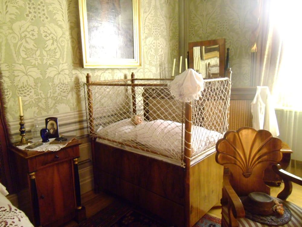 łóżeczko Dziecięce W Sypialni Yelp