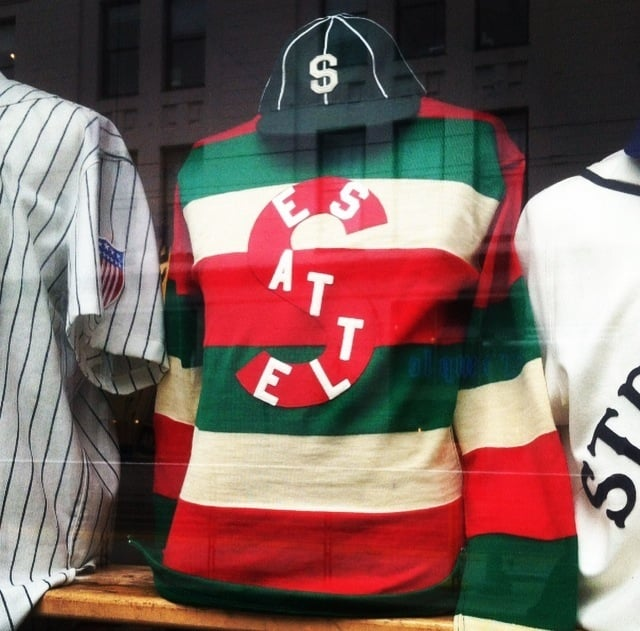 a948bcd63 1917 Seattle Metropolitans hockey sweater! First U.S. team to win ...