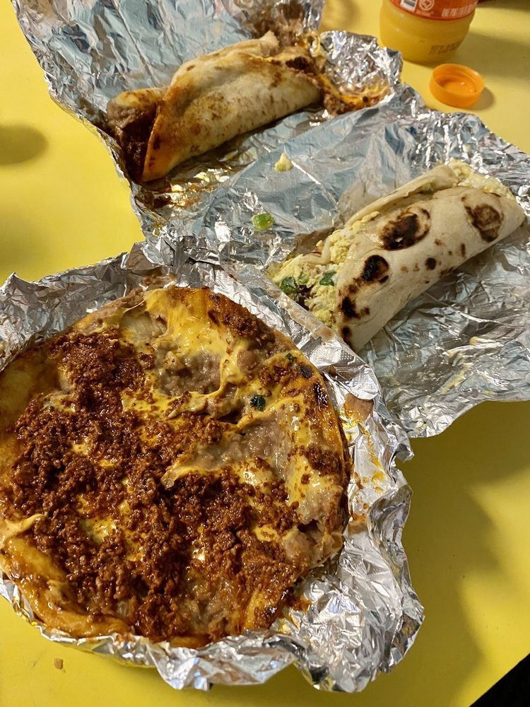 Rositas Taco Shop: 402 E Market St, Rockport, TX