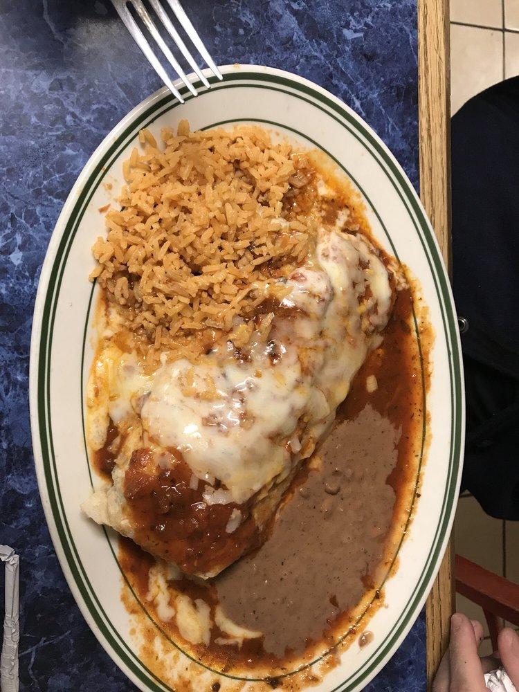 Rositas Mexican Restaurant: 2401 E Napoleon St, Sulphur, LA