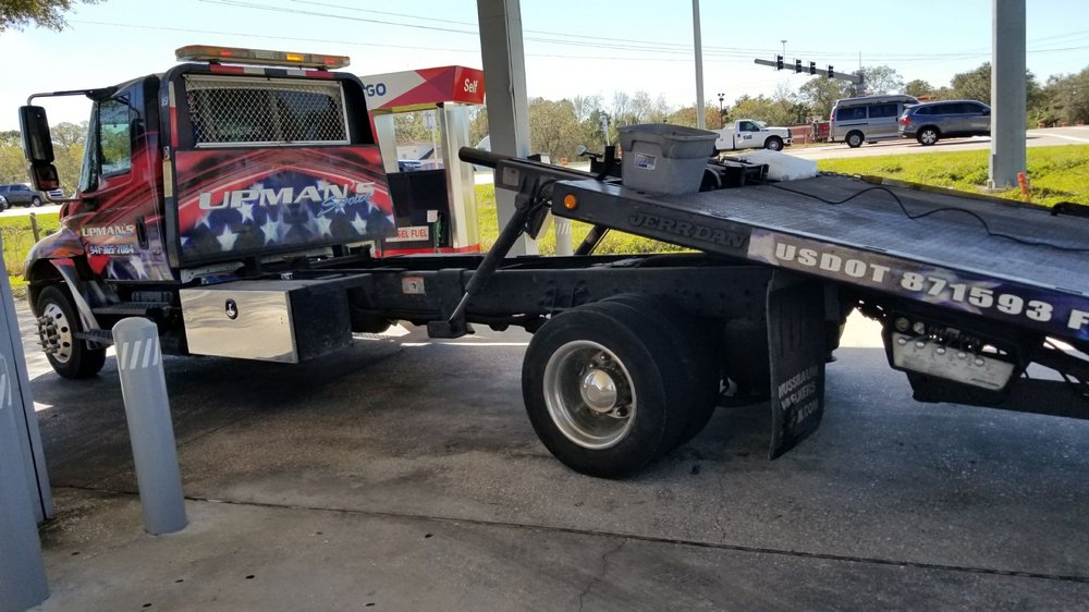 Towing business in Bradenton, FL
