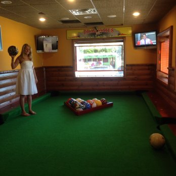 Wild Woodys CLOSED Photos Reviews Bars Mound - Life size pool table