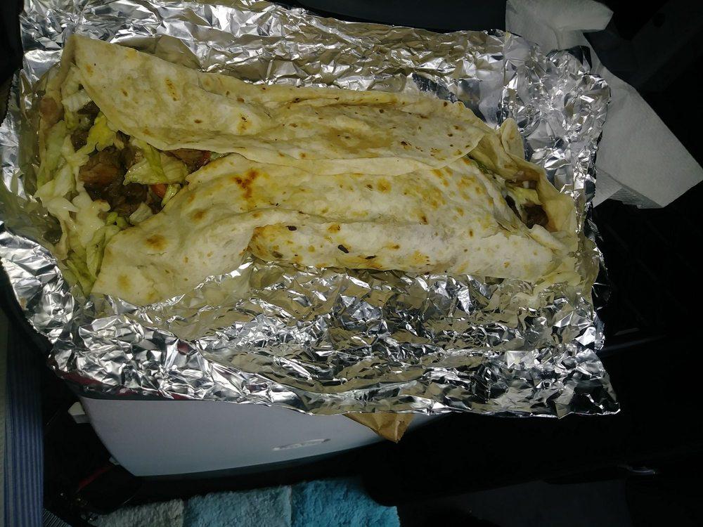 Tacos Movil V&J: 2804 E Kearney St, Laredo, TX