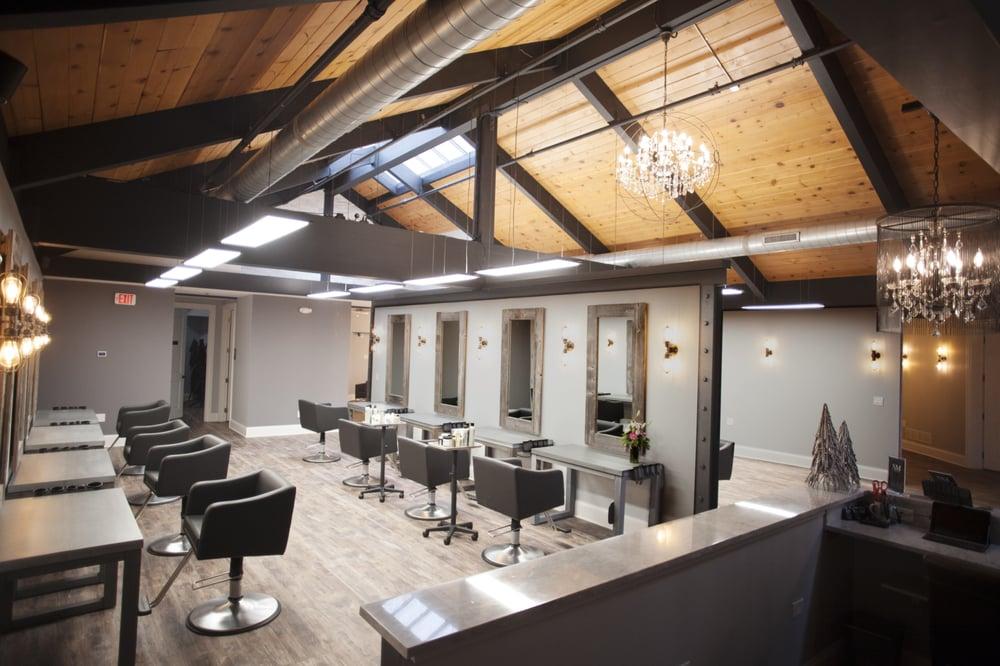 Niki Moon Salon Spa