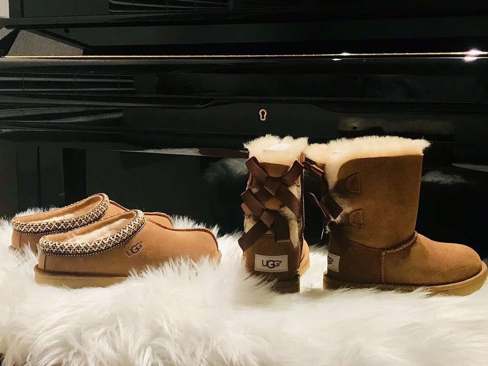 aad1f36a701 UGG Outlet - 13 Photos & 19 Reviews - Shoe Stores - 3520 Livermore ...