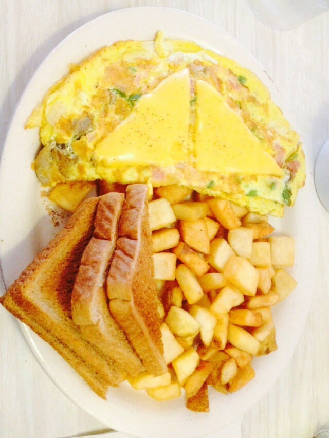 Carla's Country Kitchen: 5626 W Plank Rd, Bellevue, IL