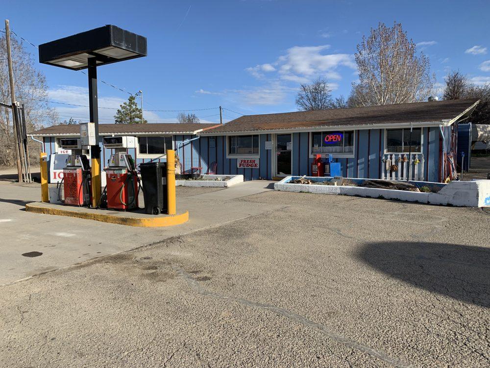 Rogers Mesa Store: 32345 Hwy 92, Hotchkiss, CO