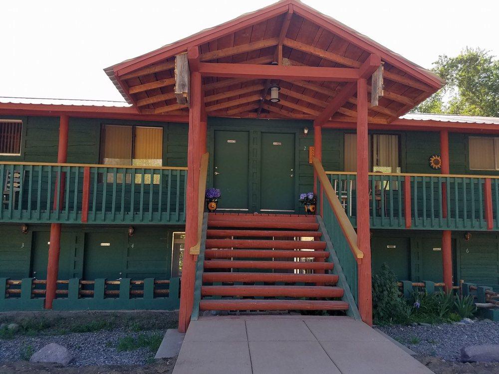 Crestone Inn: 171 S Alder St, Crestone, CO