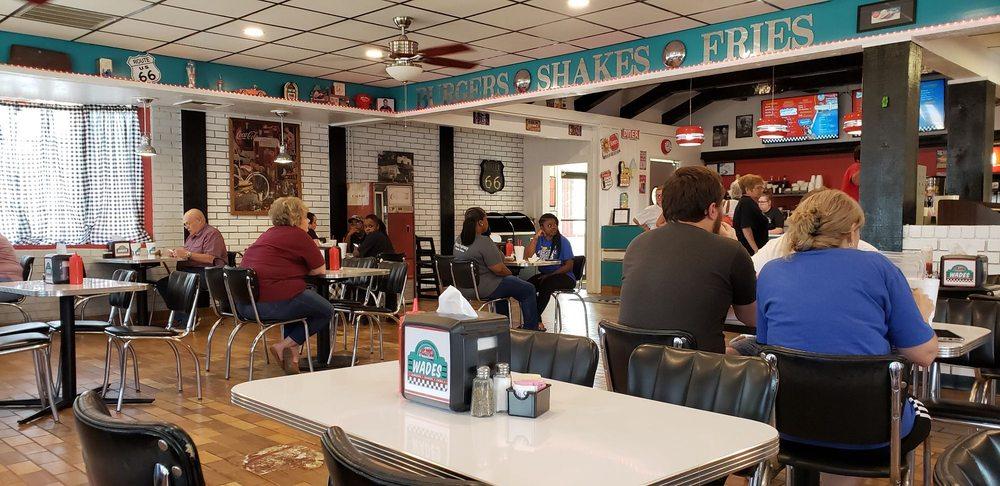 Wade's Burgers: 540 W Main St, Magnolia, AR