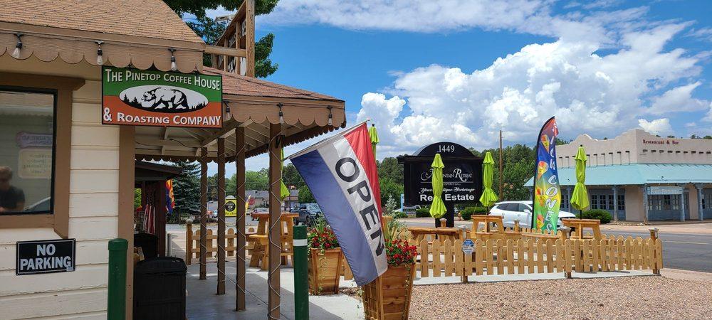 The Pinetop Coffee House & Roasting Company: 1453 E White Mountain Blvd, Pinetop-Lakeside, AZ