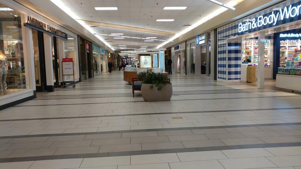 Kirkwood Mall: 706 Kirkwood Mall, Bismarck, ND