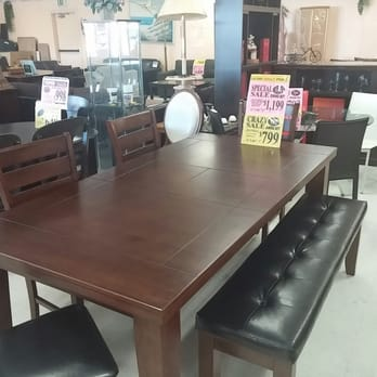 Furniture clearance outlet 16 reviews furniture stores for Furniture 4 less outlet