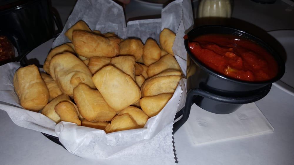 Alfano's Pizzeria & Italian: 1115 Turkington Ter, Rochelle, IL