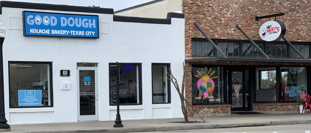 Good Dough: 611 6th St N, Texas City, TX