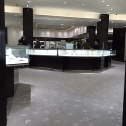 Tiffany co 62 reviews jewelry 4 copley pl back for Jewelry store needham ma