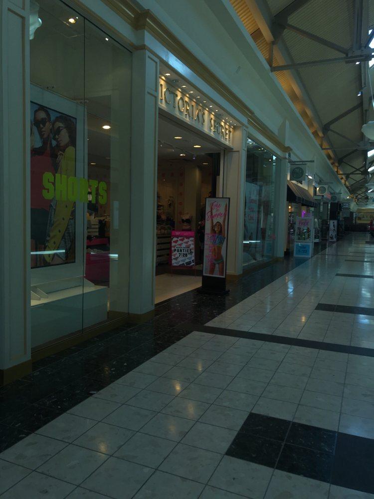 Victoria Secret Stores: 2301 Dave Lyle Blvd, Rock Hill, SC