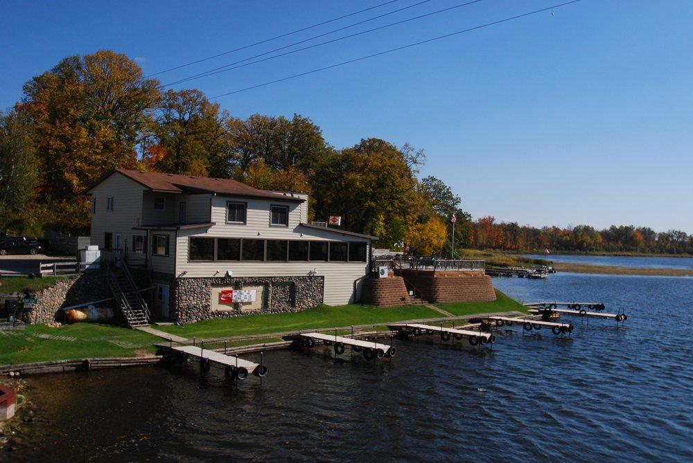 Pike Hole Bar & Restaurant: 24896 Power Dam Rd NE, Cass Lake, MN