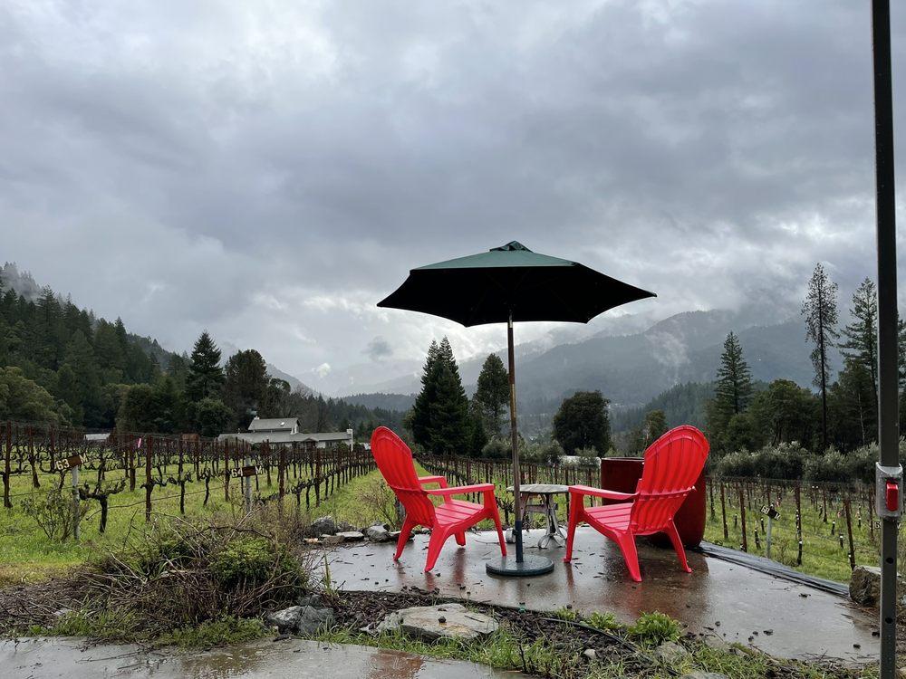 Miles Garrett Wines: 655 Peach Tree Ln, Willow Creek, CA