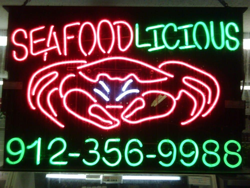 Seafoodlicious: 4435 Skidaway Rd, Savannah, GA