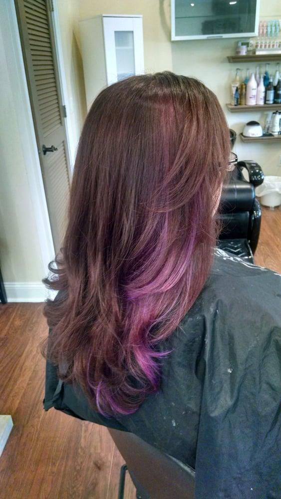 Lavish salon 11 photos coiffeurs salons de coiffure for Samantha oups au salon de coiffure