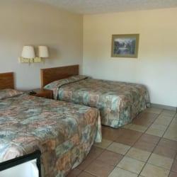 Reelfoot Lake Inn - Hotels - 1520 State Rt 21 E, Tiptonville