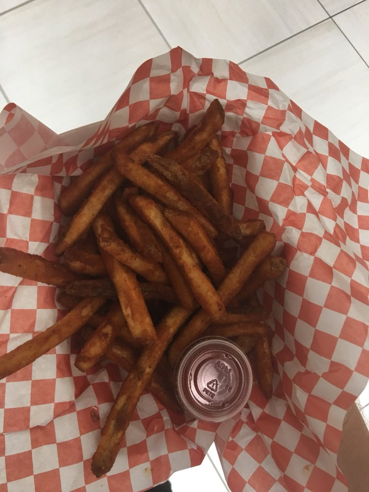 Pops Roadside Diner: 7102 Williamsgate Blvd, Crestwood, KY