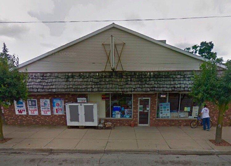 Quaker Maid Dairy Store: 6614 Main St, Cass City, MI
