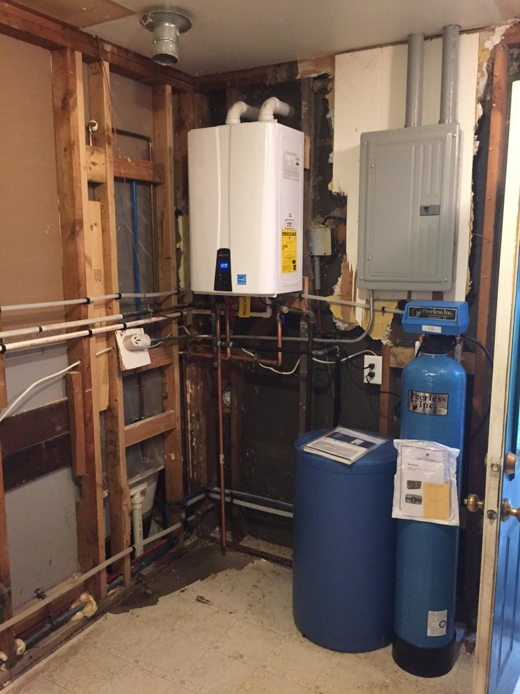Woodhouse Plumbing and Heating: 12100 M 89, Plainwell, MI