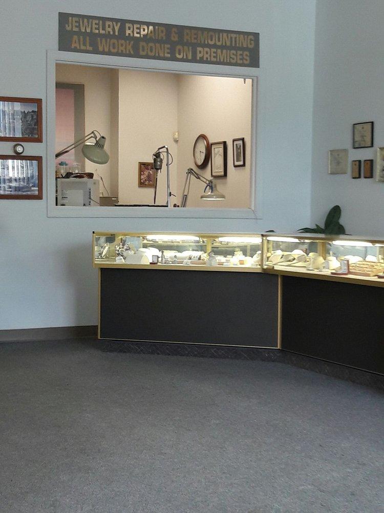 Garcia's Jewelers Bench: 104 S Pennsylvania Ave, Greensburg, PA