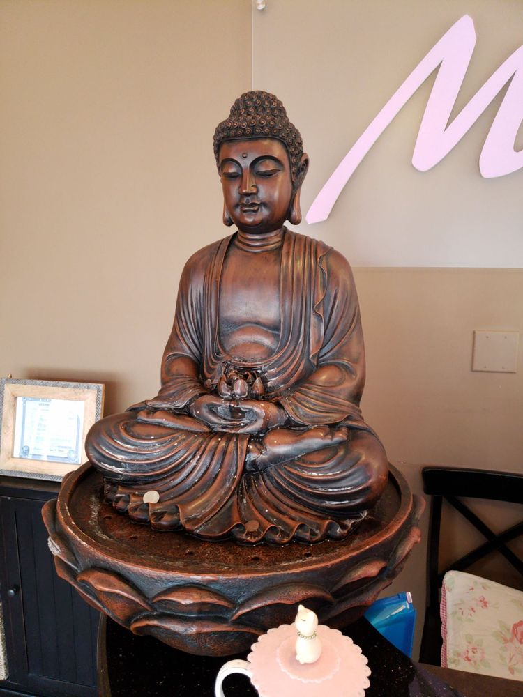 Massage House: 2405 N Clybourn Ave, Chicago, IL