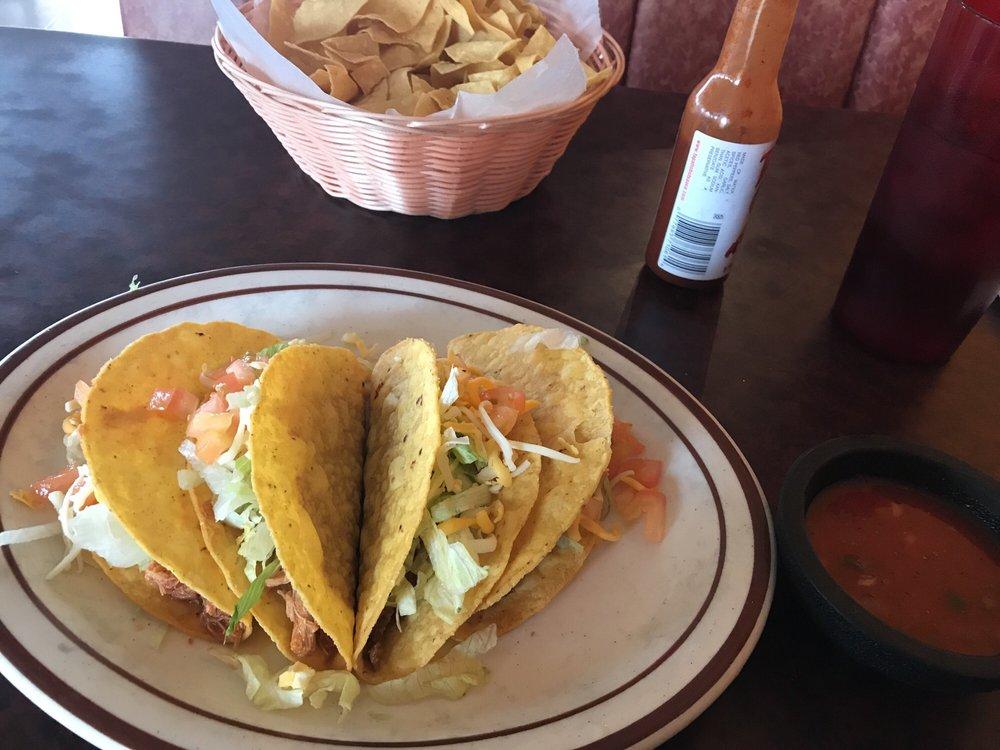 El Toro Family Mexican Restaurant: 3100 Hwy 13, Higginsville, MO