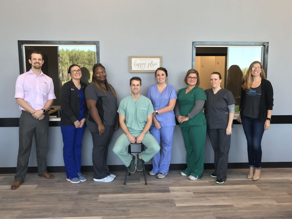 DDS Dentures + Implant Solutions: 5226 Airline Rd, Arlington, TN