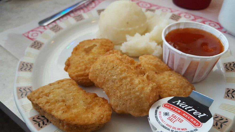 Carman's Diner: 164 King Street, St Stephen, NB