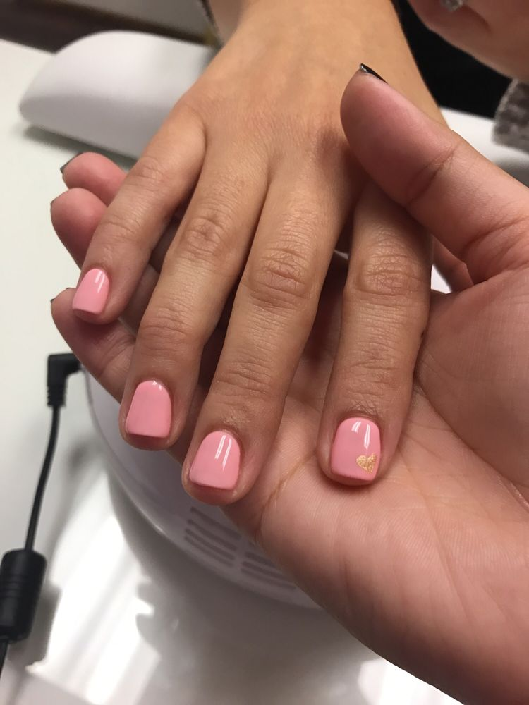 North Reading Nail Salon Gift Cards - Massachusetts | Giftly