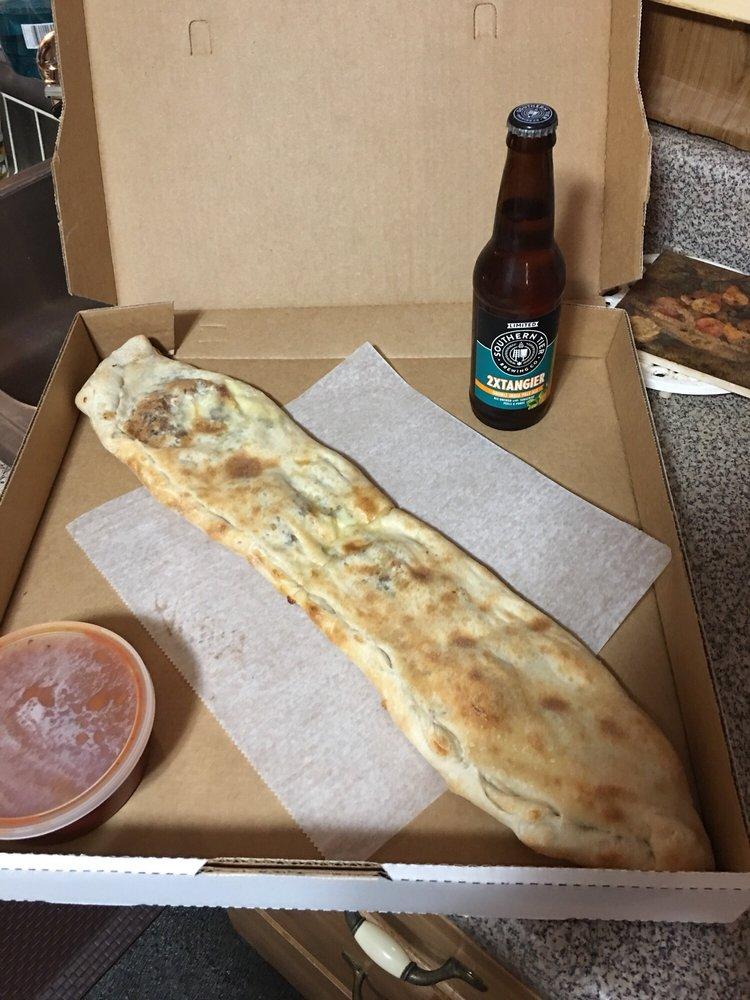 Venezia Pizzeria: 521 Lawrence Ave, Ellwood City, PA