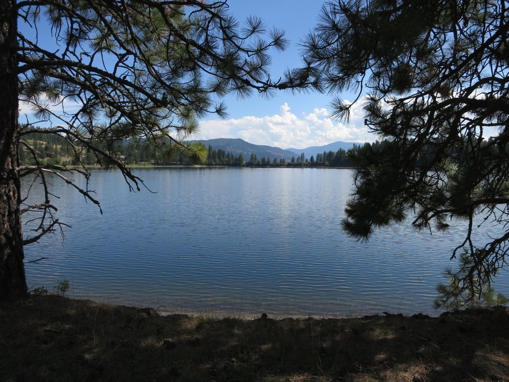 North Lake RV Park and Campground: 20 Roosevelt Rd, Kettle Falls, WA