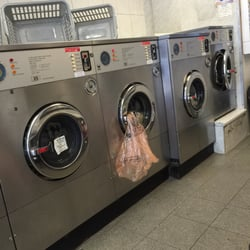 Bobos bubbles 15 reviews laundry services 154 cromwell road photo of bobos bubbles london united kingdom solutioingenieria Images