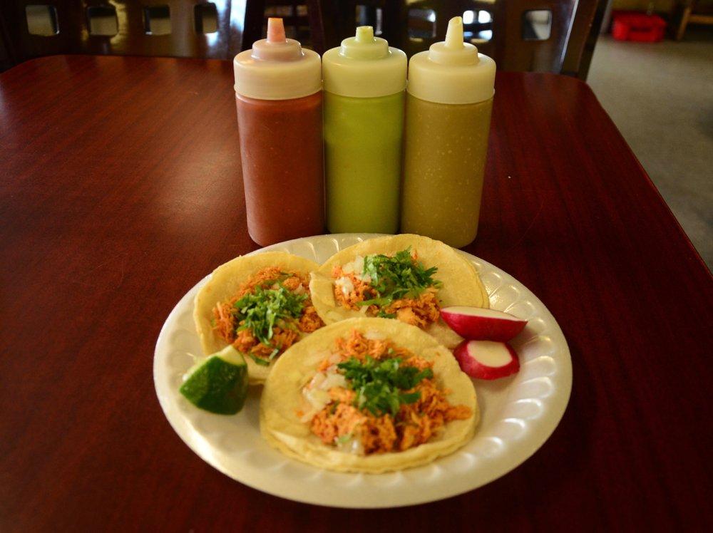 Food from Tacos El Rey