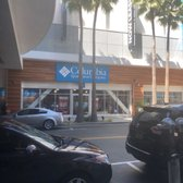 e42d5ae1947 Columbia Sportswear Factory Store - 35 Bay St, Long Beach, CA - 2019 ...