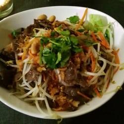Photo Of SuBBa Vietnamesische Küche   Potsdam, Brandenburg, Germany.  Asiatischer Salat Mit Warmen