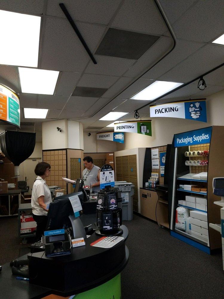 The UPS Store: 24310 Moulton Parkway, Laguna Hills, CA