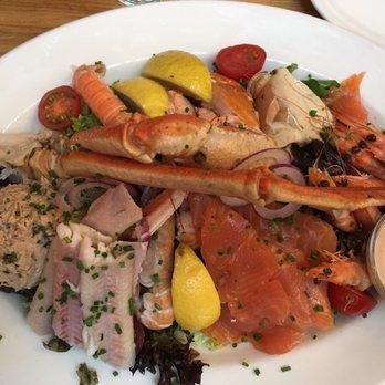 The seafood bar 441 photos 156 reviews seafood van for Seafood bar van baerlestraat