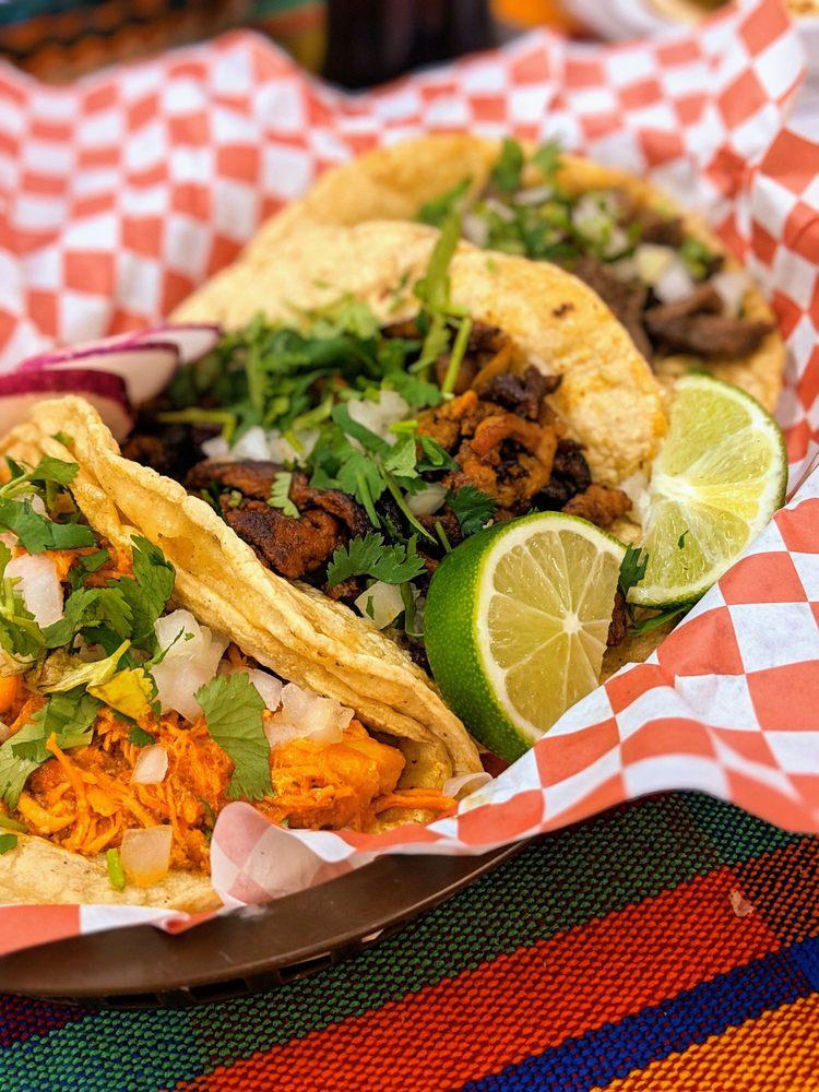 Taco Tienda Mexicana: 31642 John R Rd, Madison Heights, MI