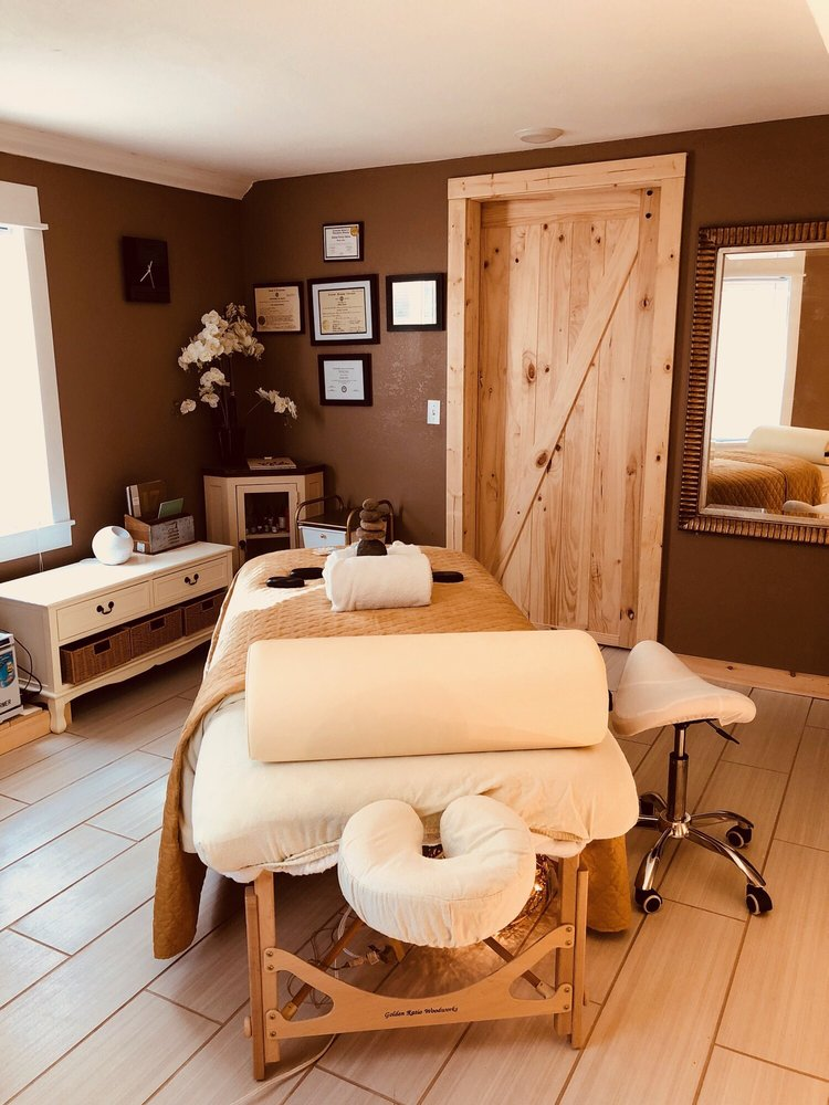 Pure Mountain Therapy: 1052 Scenic Hills Rd, Pigeon Forge, TN