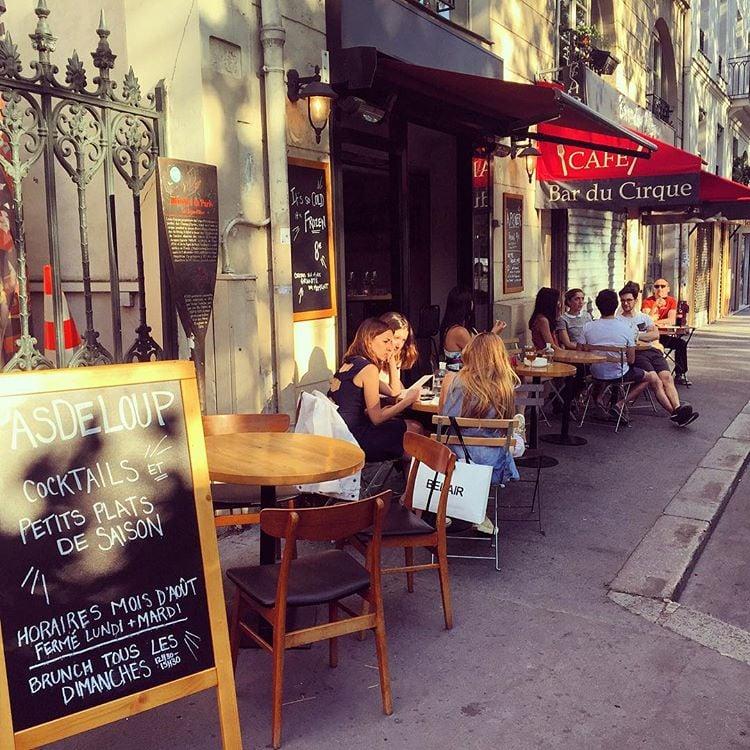 Restaurant Rue Amelot Pas De Loup