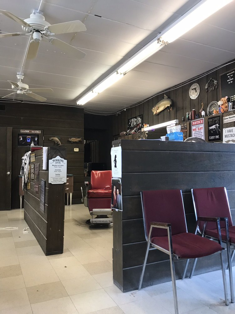 Lake Area Barber & Beauty: 425 Lake St, Antioch, IL