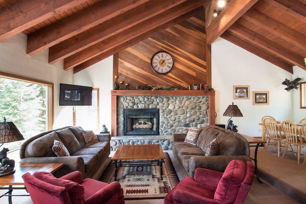 Sierra Vacations by Natural Retreats