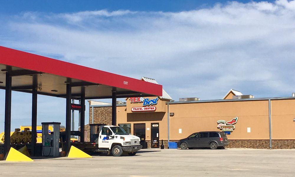Tex Best Travel Center: 3220 Zanderson Ave, Jourdanton, TX